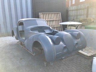 Phantom kit car body side view